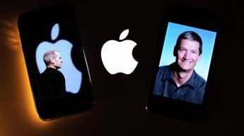 Un libro rivela, Tim Cook offrì una porzione del suo fegato a Steve Jobs per un trapianto