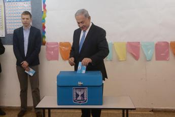 Mo, Erekat: Netanyahu ha fatto di tutto per affossare soluzione due Stati