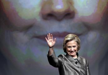 Usa, online 1900 mail di Hillary Clinton 'innamorata' dei tappeti cinesi
