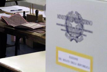 Regionali in Campania, fittiani con De Luca: nasce la lista 'Campania Civica'