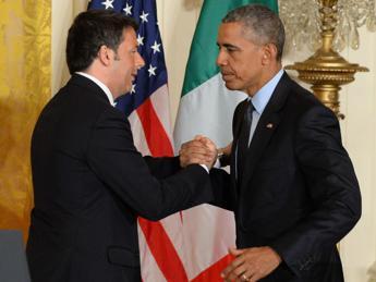 Nyt: Obama già sapeva quando incontrò Renzi. Premier: ce l'hanno detto solo una volta certi