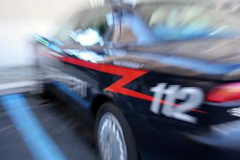 Evade dai domiciliari per fare shopping di Natale a Roma, arrestato