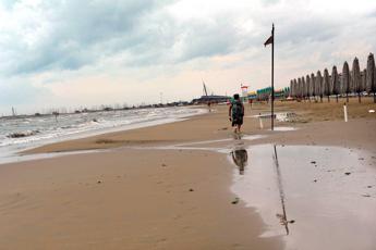 Italia spaccata in due, temporali al Nord e caldo africano al centro-sud