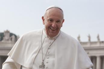 Papa Francesco confessa: Quanto mi manca andare a mangiare una pizza