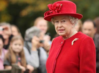 Gb, l'annuncio della Regina:
