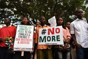 Attacco al Shabaab in Kenya, uccisi almeno 20 poliziotti