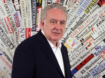 Michele Santoro: addio a 'Servizio Pubblico' sono sul mercato