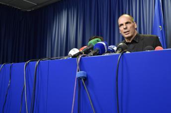 Varoufakis: Per Italia futuro di austerità e depressione permanente