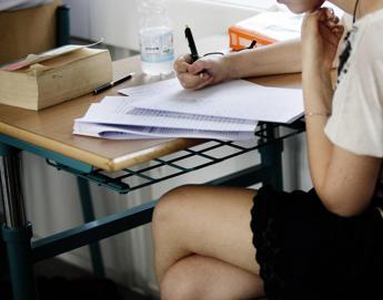 A scuola troppo presto, polemiche in Usa e rischi per gli adolescenti