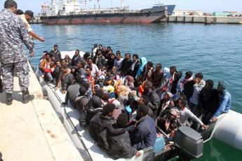 Migranti, Vaticano: Europa chiusa in un egoismo che ci disonora