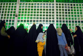 Iraniane potranno assistere a partita pallavolo, governo non permetterà proteste
