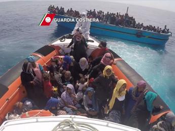 Onu, sos da altri 1500 migranti al largo della Libia /Video