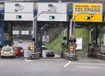 Napoli, 1.350 volte in Tangenziale senza pagare: condannata automobilista