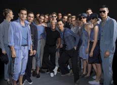 Giorgio Armani chiude Milano Moda Uomo d97a62bcfd4