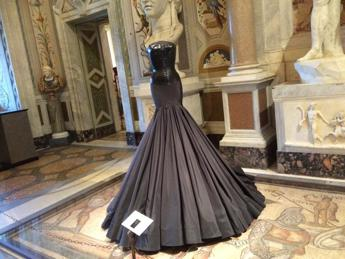 Forbici come scalpello, Azzedine Alaïa porta a Roma la sua 'Couture/Sculpture' (Foto)
