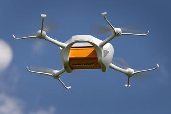 Droni come 'postini volanti'. La Posta svizzera effettua i primi test