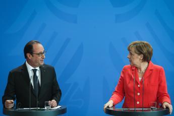 Grecia, Hollande domani riceve Merkel su conseguenze del voto