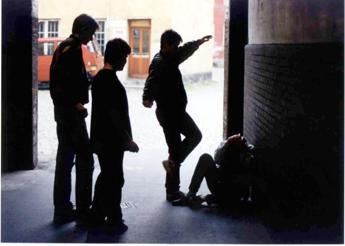 Quando la violenza è un rito, in crescita le gang delle 'cattive ragazze'