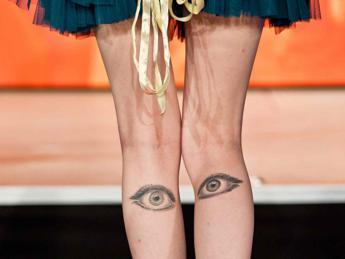 Pentito dei tattoo? Sei in buona compagnia: in 12mila li 'cancellano' ogni anno