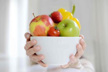 Golosi di frutta e verdura? Crude sono 'off limit' per gli allergici al polline