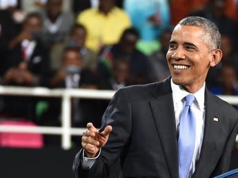 Obama in versione dance, balla la 'Lipala' e il video diventa virale /Guarda