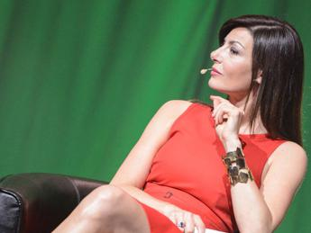 Dalla storia Emma-Borriello alla 'pancia' di Ilaria D'Amico, i gossip dell'estate 2015
