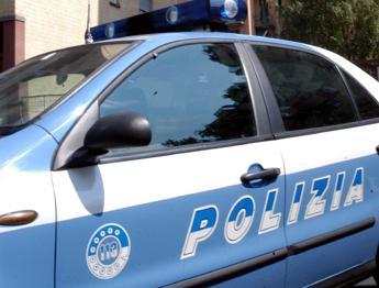 ''Dammi la borsa''. Rapina e spari in strada a Milano