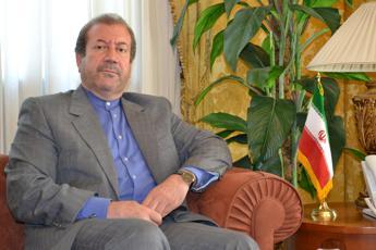 <p>L'ambasciatore iraniano Jahanbakhsh Mozaffari</p>