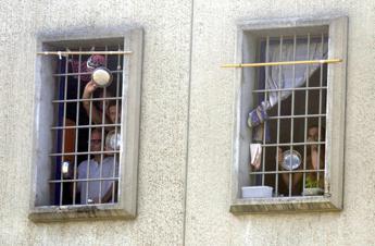 Covid, Garante detenuti: Carceri hanno tenuto, a oggi 18 positivi tra reclusi e operatori