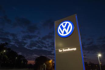 Azioni Volkswagen, tonfo in Borsa. Nuove accuse dagli USA