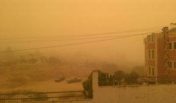 Libano, tempesta di sabbia continua: 2mila in ospedale