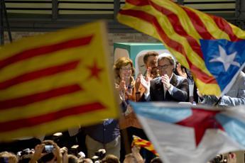 Elezioni in Catalogna, vittoria a metà per il fronte secessionista