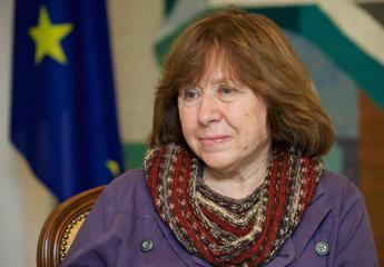 Nobel per la Letteratura alla bielorussa Svetlana Aleksievich