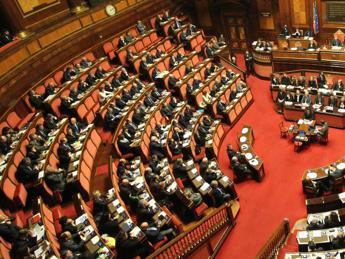 Legge stabilità, lotta ad affitti in nero, tetto 1000 euro per money transfer