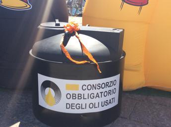Da Bari a Taranto, la campagna degli oli usati fa tappa in Puglia