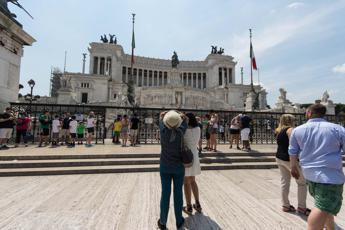 Turismo, Federalberghi esulta: Da giugno a settembre +4% presenze