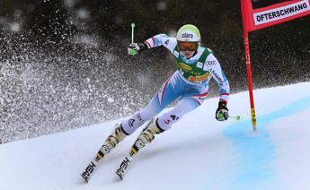 Fenninger si rompe il ginocchio, per l'austriaca stagione finita