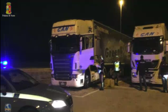 Police bust gang that trafficked migrants 'like meat'