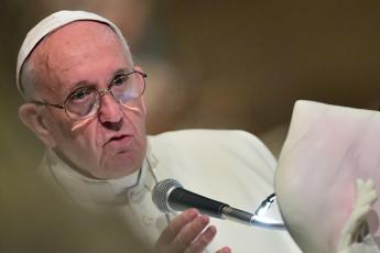 Graft 'a cancer', lawlessness 'poison' says Francis