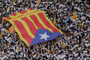 Catalogna, indipendenza più vicina: ok del Parlamento a proposta di risoluzione