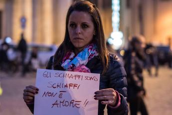 Violenza sulle donne, Mattarella: