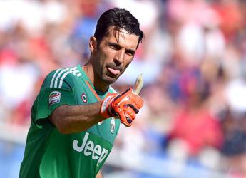 20 anni da campione, la Juve festeggia Buffon