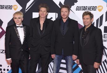 Duran Duran, in beneficenza tutti i proventi della cover di 'Save a Prayer'