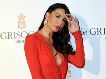 Gregoraci: Mia madre era malata al seno ma io non sono Angelina Jolie