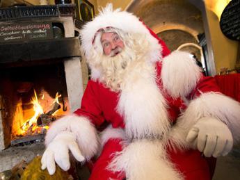 Babbo Natale Brutto.Errore O Macabro Scherzo Necrologio Di Babbo Natale Su Giornale Norvegese