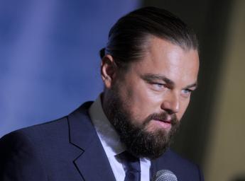 Amazzonia, Bolsonaro accusa DiCaprio: Finanzia gli incendi