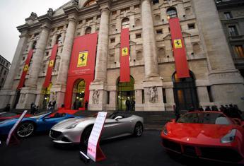 Borse europee chiudono positive, a Milano corre Ferrari