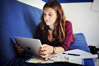 Per i millennial più tempo online che davanti alla tv