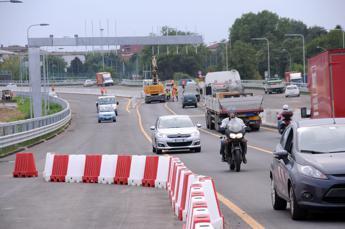 Diramazione Roma sud, stanotte chiuso bivio Gra verso A1