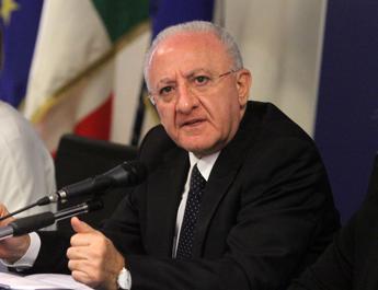 Salerno, De Luca assolto in processo d'appello su termovalorizzatore